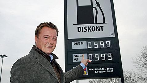 Tankstellen-Rebell sagt Ölmultis auch in Wien Kampf an (Bild: Klemens Groh)