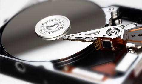 Festplattenabgabe: Initiative legt Rechnungen vor (Bild: © 2010 Photos.com, a division of Getty Images)