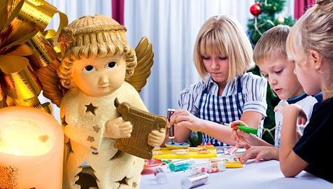 Wie man Kindern an Heiligabend die Wartezeit verkürzt (Bild: © 2010 Photos.com, a division of Getty Images)