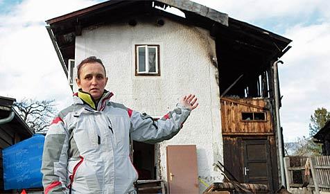 Saalfeldner Familie nach fatalem Feuer obdachlos (Bild: Niki Faistauer)