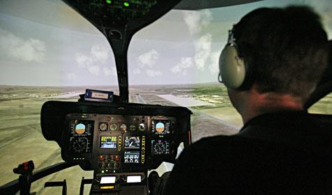 ÖAMTC-Piloten üben, auf Gefahren richtig zu reagieren (Bild: Christoph Matzl)