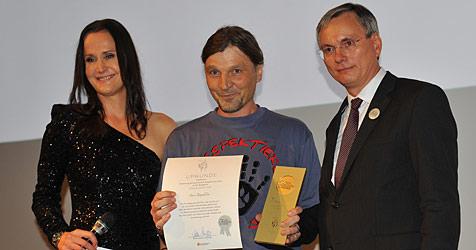Salzburger Helfer mit Tierschutzpreis ausgezeichnet (Bild: RespekTiere)