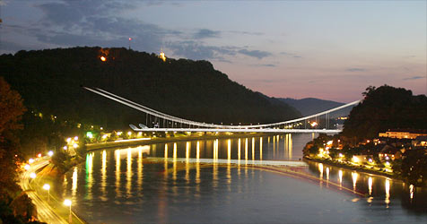 Neue Donaubrücke könnte bis Mitte 2014 gebaut sein (Bild: Asfinag)