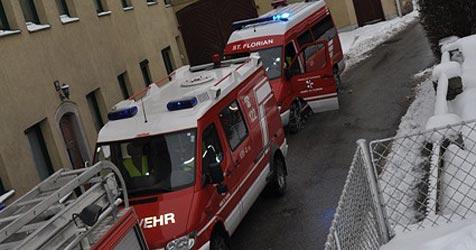 Drei junge Frauen retten Seniorin aus brennender Küche (Bild: FF St. Florian)