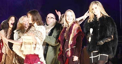 "Heidi Klum mit  ""Next Topmodels"" bei Ski-Opening (Bild: Sepp Pail)"