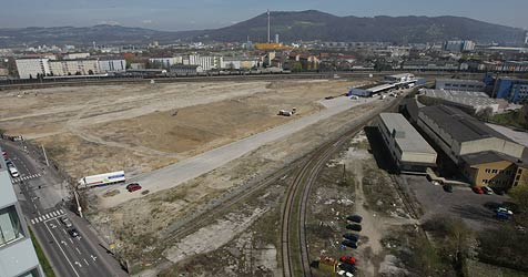 Frachtenbahnhof in Linz wird zur Wohnsiedlung (Bild: Chris Koller)