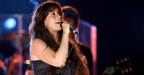 Sängerin Alanis Morissette ist frisch gebackene Mama (Bild: epa)