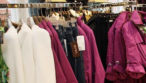Schülergruppe stahl 50 Kleidungsstücke aus Geschäft (Bild: Christian Jauschowetz)