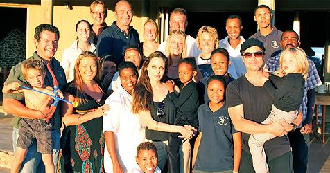 Angelina Jolie und Brad Pitt spenden Tierpark Millionen