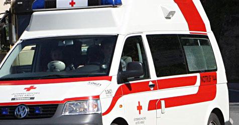 Crash zweier Pkws auf Kreuzung - Lenker getötet (Bild: Jürgen Radspieler)