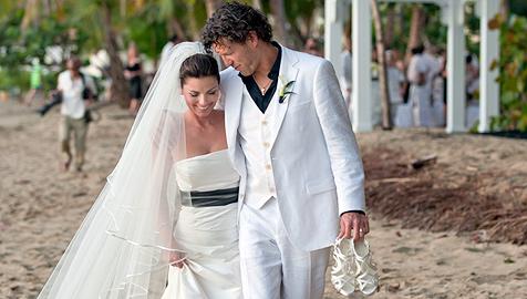 Shania Twain zeigt der Welt ihr Hochzeitsglück
