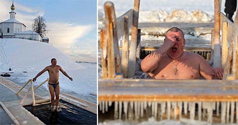 Russische Gläubige reinigen sich mit Eisbad von Sünden