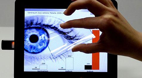 Forscher entwickeln Touchscreen aus Kohlenstoff (Bild: Fraunhofer-Institut)