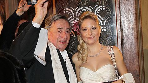 Lugner-Tochter verweigert Opernball-Debüt (Bild: PETER TOMSCHI)