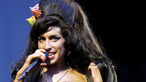 """Die """"Krone"""" holt Amy Winehouse nach Wiesen"""