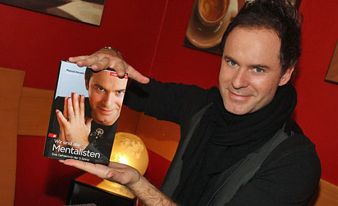Salzburgs Mentalist verzaubert das deutsche Publikum (Bild: Uta Rojsek-Wiedergut)