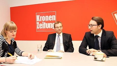 Haimbuchner und Stelzer debattieren um Wohnbaureform (Bild: Wenzel)