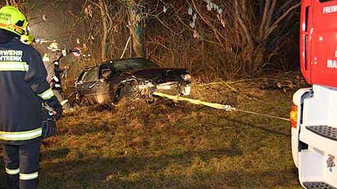 Sechs Verletzte bei schweren Autounfällen (Bild: BZFKO Wels-Land)
