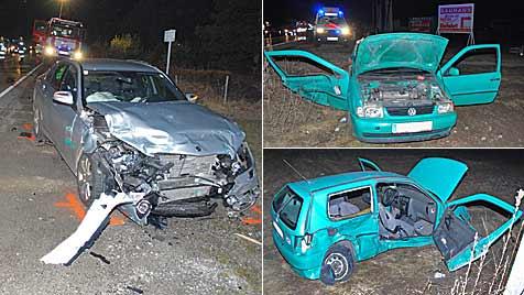 Beifahrer bei Crash in Bad Fischau schwer verletzt (Bild: EINSATZDOKU.at)