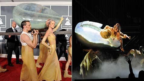 Lady Gaga ließ sich im Ei zur Grammy-Verleihung tragen