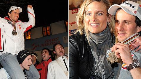 "Schörghofer feiert mit den ""feschesten Fans der Welt"" (Bild: APA/BARBARA GINDL)"
