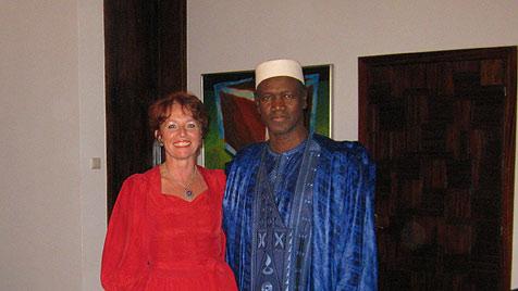 Mutige Innviertlerin arbeitet weiter als Botschafterin (Bild: Öst. Botschaft in Lybien)