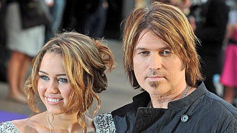 Geständnis ihres Vaters kränkt Miley Cyrus offenbar sehr