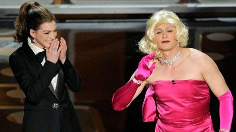 Franco als Marilyn-Monroe-Verschnitt auf der Oscarbühne (Bild: AP)