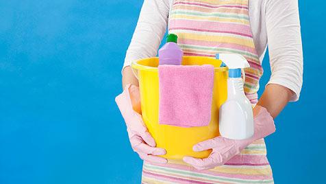 Putzfrau brach in Häuser ein, um sauber zu machen (Bild: © 2011 Photos.com, a division of Getty Images)