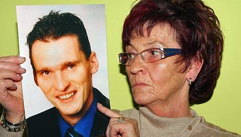 Trauernde Mutter fordert Klarheit über Tod des Sohnes (Bild: Franz Crepaz)