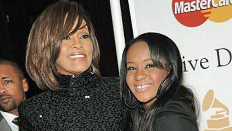 Whitney Houstons Tochter setzt sich auf Twitter zur Wehr