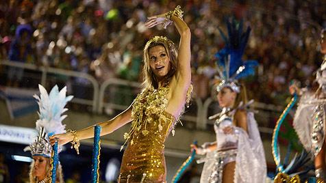 Hier tanzt Gisele Bündchen beim Karneval von Rio