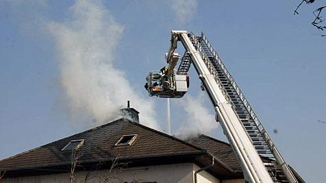 68-Jähriger bei Brand im Bezirk Baden verletzt (Bild: Thomas Lenger)