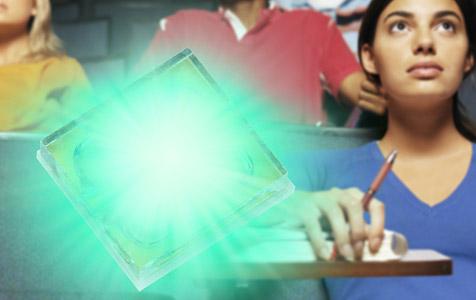 Neue LED soll genug Licht für Büro-Beamer liefern (Bild: Osram)