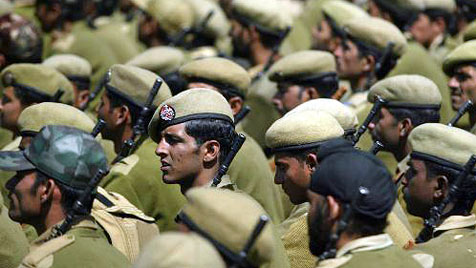 Indischer Polizist fingiert für Orden Schusswechsel