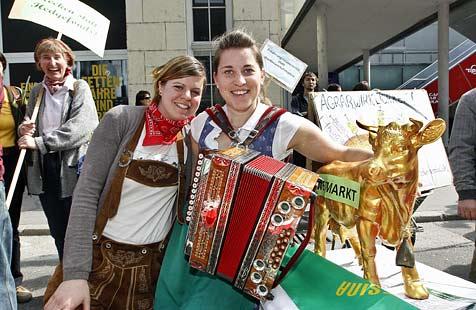 Landwirte-Demo für bessere Preise und gegen die Konzerne (Bild: Markus Tschepp)