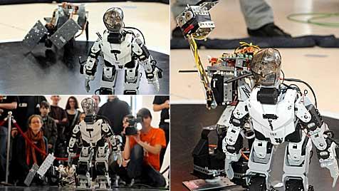 "Sissi gegen Rambot: 8. ""RobotChallenge"" in der City (Bild: APA/HERBERT PFARRHOFER)"