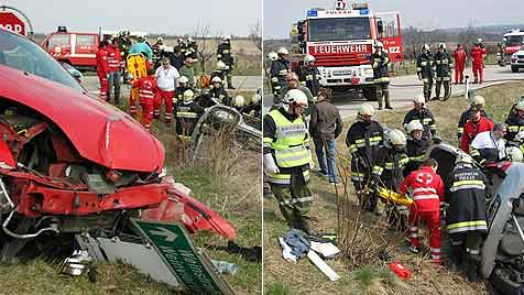 Vier Verletzte bei Fahrzeug-Crash im Weinviertel (Bild: BFK Hollabrunn)