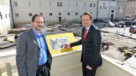 Am Domplatz von St. Pölten wird wieder gegraben (Bild: mss/Vorlaufer)