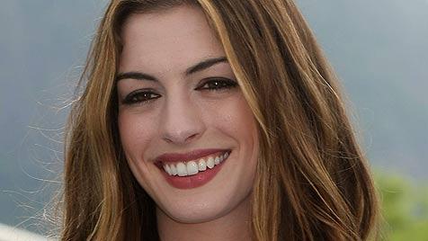 Anne Hathaway hat genug von den Oscars (Bild: EPA)