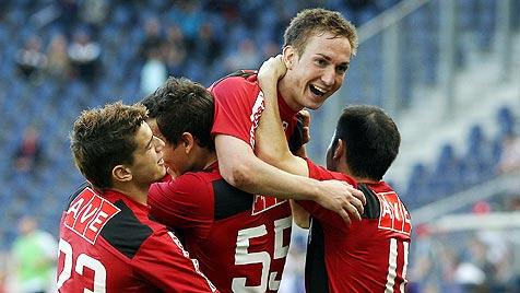 Schlusslicht LASK blamiert mit 1:0-Sieg Salzburg (Bild: APA/Krugfoto)