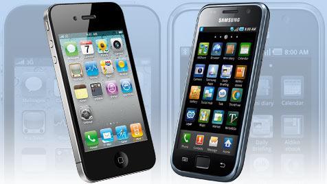 Samsung zieht bei Smartphones klar an Apple vorbei (Bild: Apple, Samsung, krone.at-Grafik)