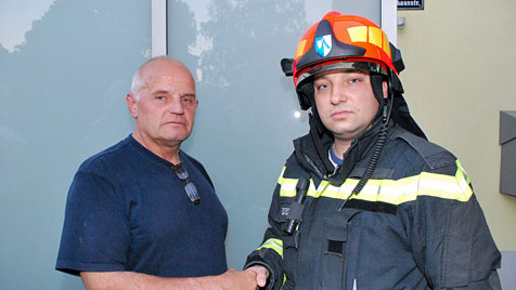 Nachbar rettet 82-Jährige vor dem Flammentod (Bild: Florian Schützenhofer/BFK Mödling)