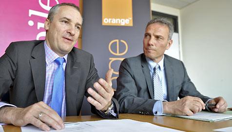 Orange und T-Mobile starten Netzkooperation (Bild: APA/HERBERT NEUBAUER)