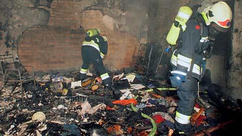 Wohnung in Krems in Flammen aufgegangen (Bild: M.Andrassik)