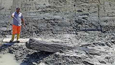 Arch�ologen entdecken Schiff aus der R�merzeit (Bild: EPA)