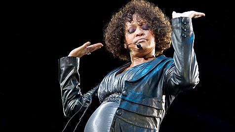 Popdiva Whitney Houston wieder einmal auf Entzug