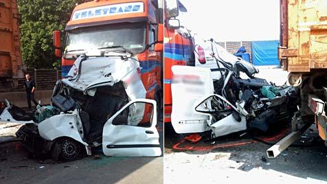 Auto zwischen zwei Lkws eingequetscht - Lenker starb (Bild: APA/ORF/TOBIAS PÖTZELSBERGER)