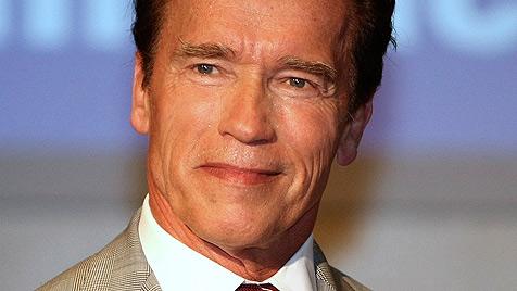 Schwarzenegger legt Karriere nach Sexbeichte auf Eis