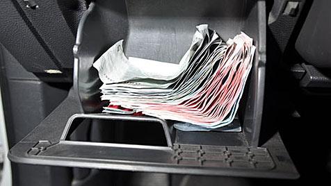 Serieneinbrüche geklärt: Werkzeug in Socken versteckt (Bild: SID NÖ)
